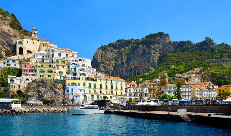 Miasto Amalfi, UNESCO światowego dziedzictwa miejsce, zatoka Salerno, Włochy obrazy stock