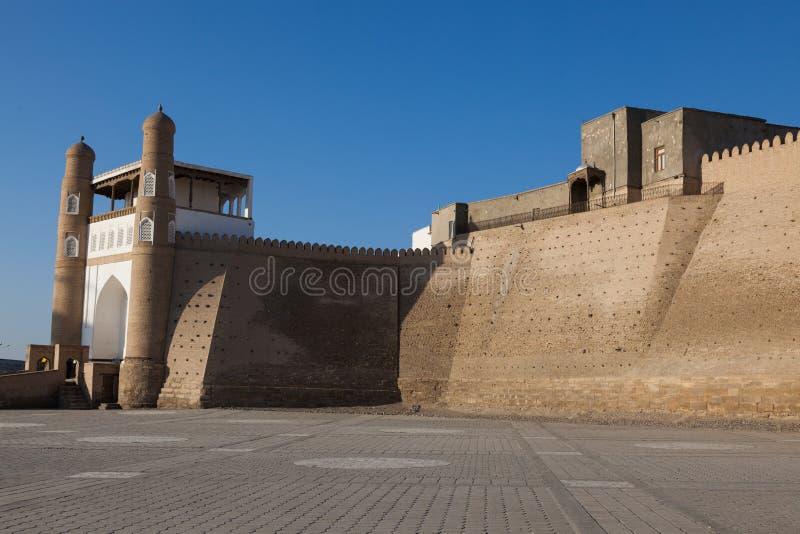 Miasto fortyfikacja w Bukhara i ściana, Uzbekistan obrazy stock