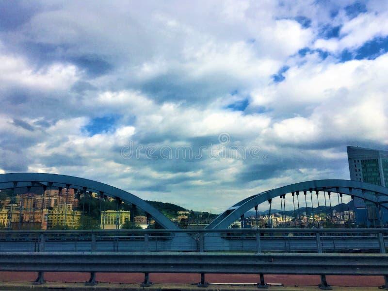 Miasto Genua, most i infrastruktura we Włoszech fotografia royalty free