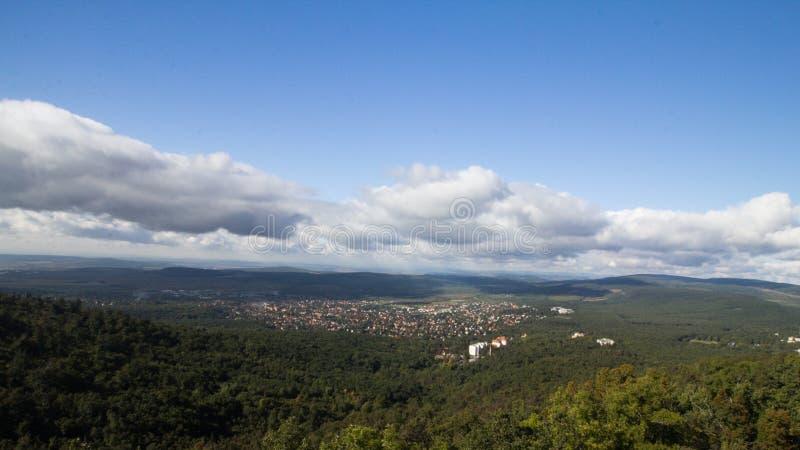 Miasto i natura fotografia stock