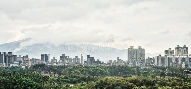 Miasto krajobrazu panorama w Taipei na Tajwan obraz royalty free