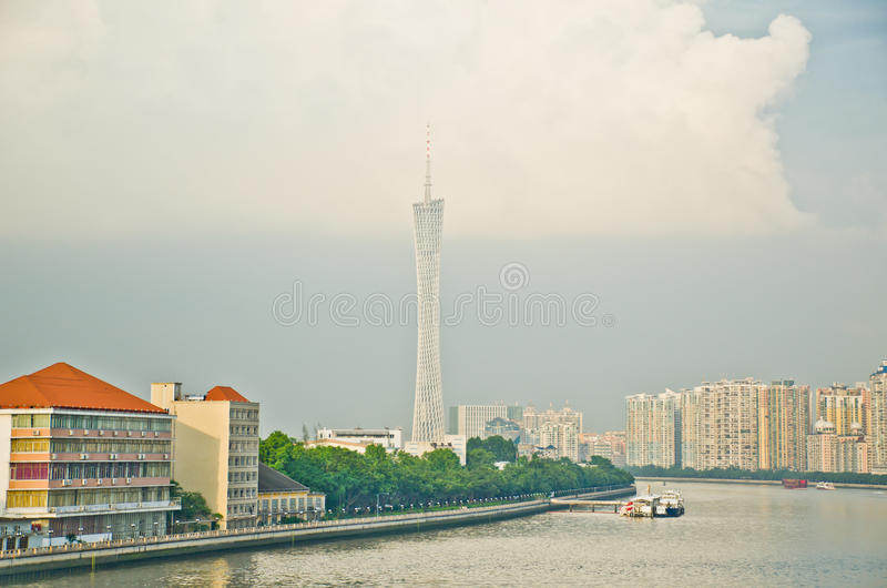 Miasto linii horyzontu Guangzhou kantonu wierza zdjęcia stock