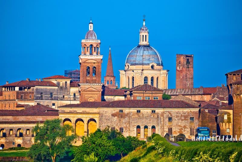 Miasto Mantova linii horyzontu widok zdjęcia stock