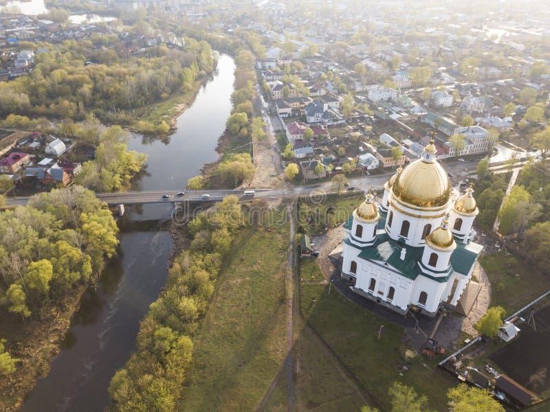 Miasto Morshansk Wiosny widok z lotu ptaka Rosja Tr?jcy katedra Rzeczny Tsna obrazy royalty free