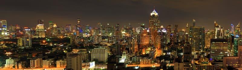 Miasto noc zaświeca panoramicznego widok fotografia royalty free