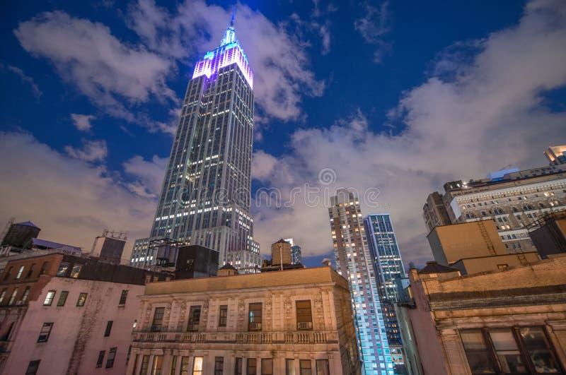 MIASTO NOWY JORK, JUN - 8: Noc widok empire state building, fotografia stock