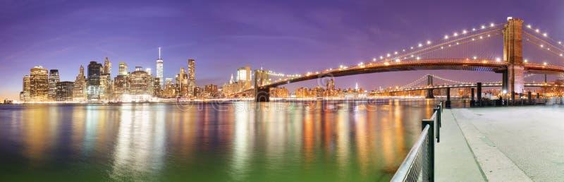 Miasto Nowy Jork Manhattan linii horyzontu panorama z mostem brooklyńskim obrazy stock