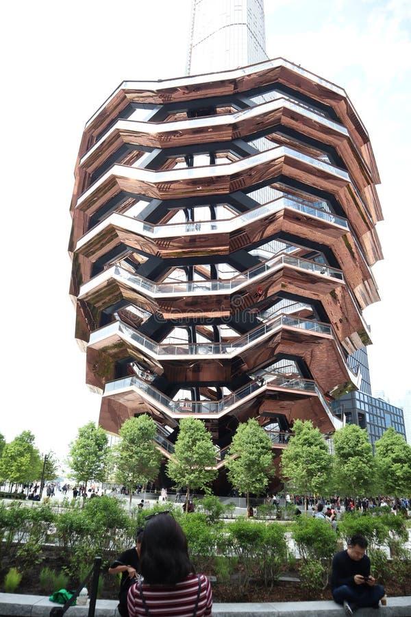 Miasto Nowy Jork, NY, usa - MAJ 22, 2019: Naczynie, Hudson jard?w schody projektuj?cy architektem Thomas Heatherwick ?rodek miast obraz stock