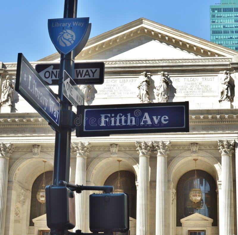 Miasto Nowy Jork Schwarzman biblioteki publicznej fifth avenue NYC Historycznego punktu zwrotnego przyciągania Bryant park zdjęcia stock