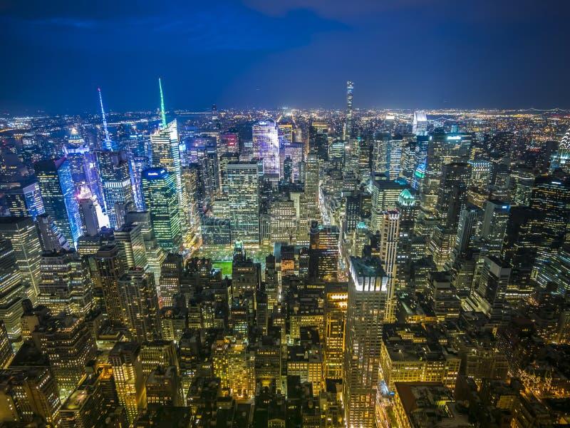 Miasto Nowy Jork zmierzchu opóźniona linia horyzontu obrazy stock