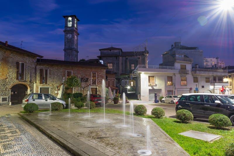 Miasto północny Włochy Somma Lombardo, historyczny centrum obraz stock