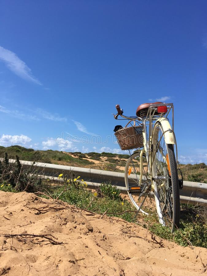 Miasto rowery w naturze która jest zamknięta sąsiedztwo, zdjęcie stock