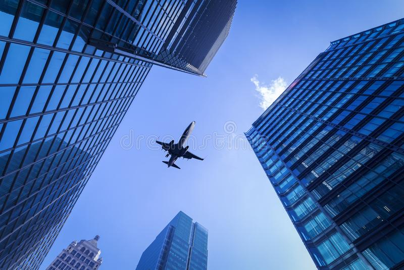 Miasto samolot i budynki zdjęcia stock