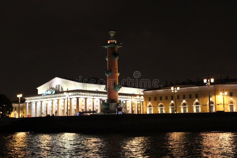 Miasto St Petersburg ostrzał kolumna zdjęcia royalty free