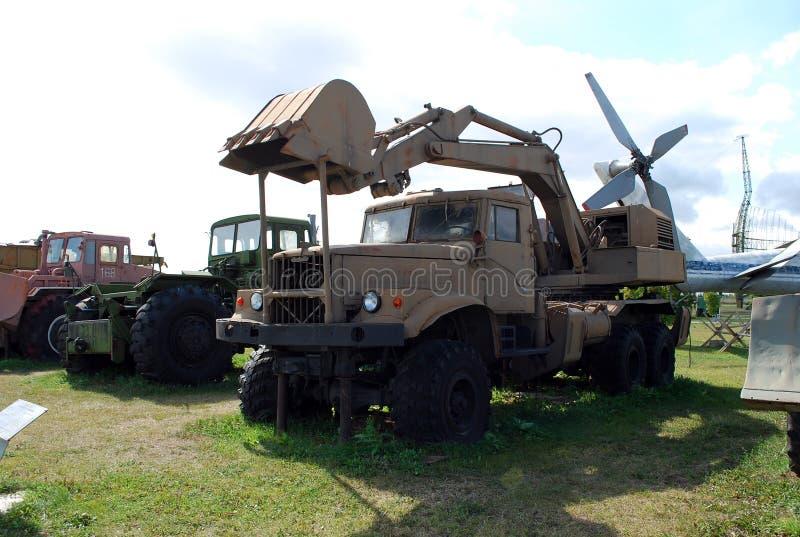 Miasto Togliatti Techniczny muzeum K g sakharov Eksponat muzealny ekskawatoru Odnokovshovy wojsko EOV-4421 zdjęcia stock