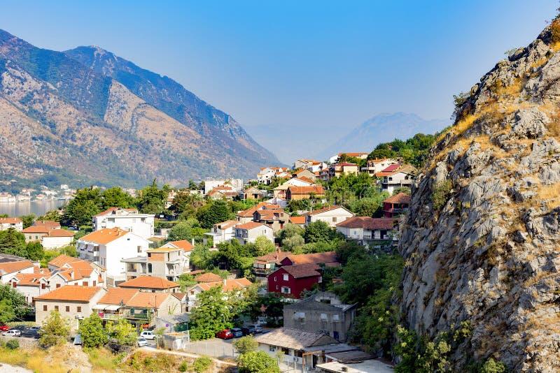 Miasto w górach zdjęcie royalty free