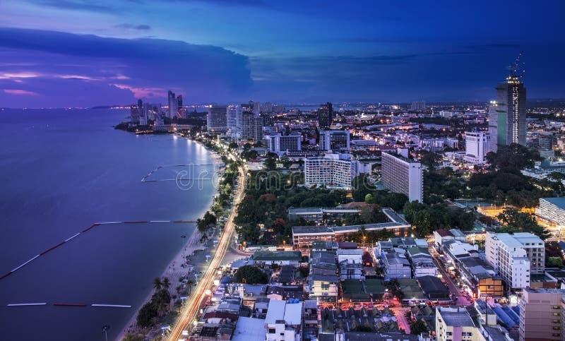 Miastowa miasta linii horyzontu, Pattaya zatoka, i plaża, Tajlandia zdjęcia stock