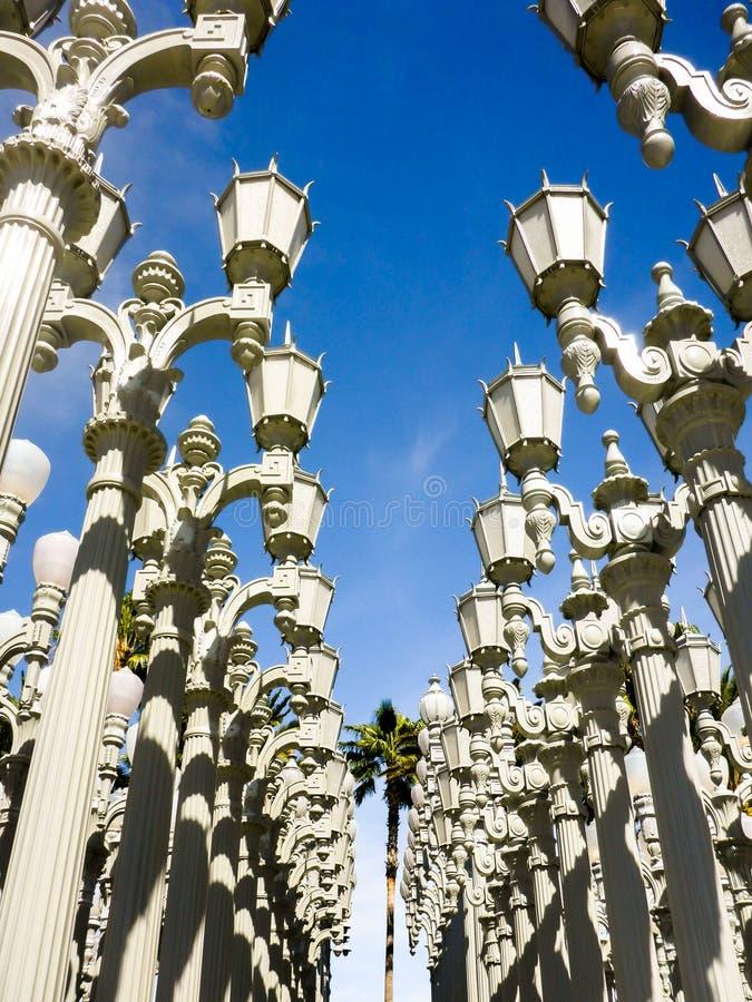 Miastowy światło przed Los Angeles okręgu administracyjnego muzeum sztuki zdjęcie stock