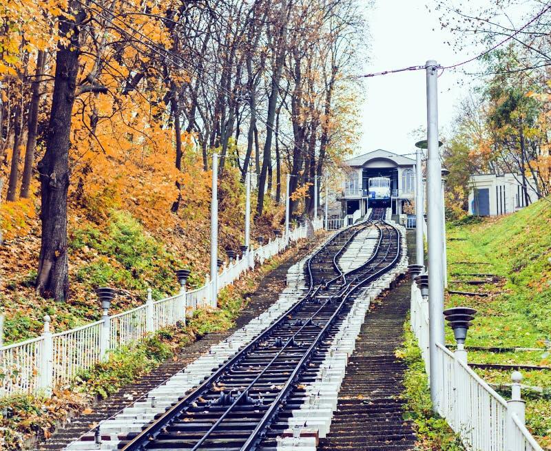 """Miastowy funicular w Kijów, Ukraina †""""popularny transport publiczny zdjęcie stock"""