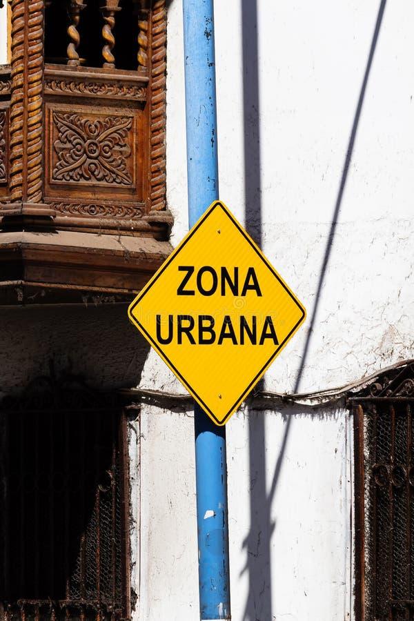 Miastowy strefa znak Cusco Peru Ameryka Południowa (Zona Urbana) zdjęcia stock