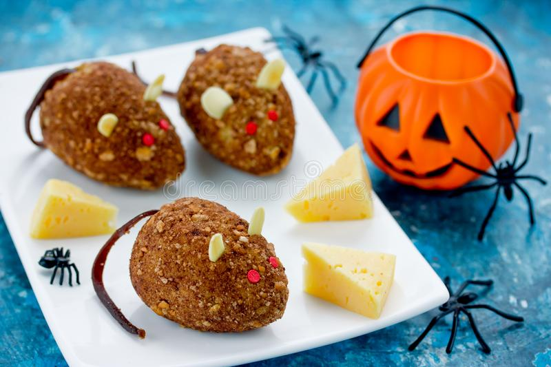 Mice cakes - funny and spooky Halloween dessert idea for kids royalty free stock photos