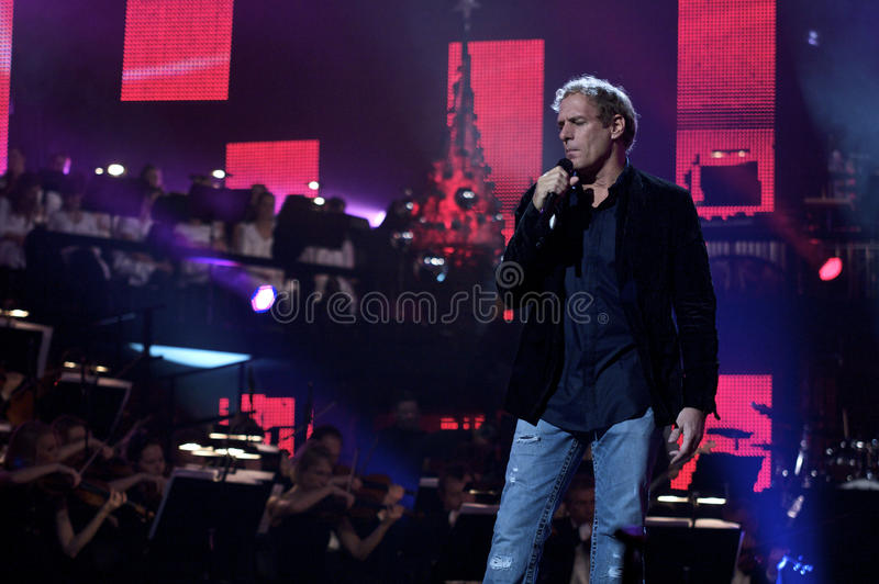 michael bolton performing at drs christmas show 2009 - Michael Bolton Christmas
