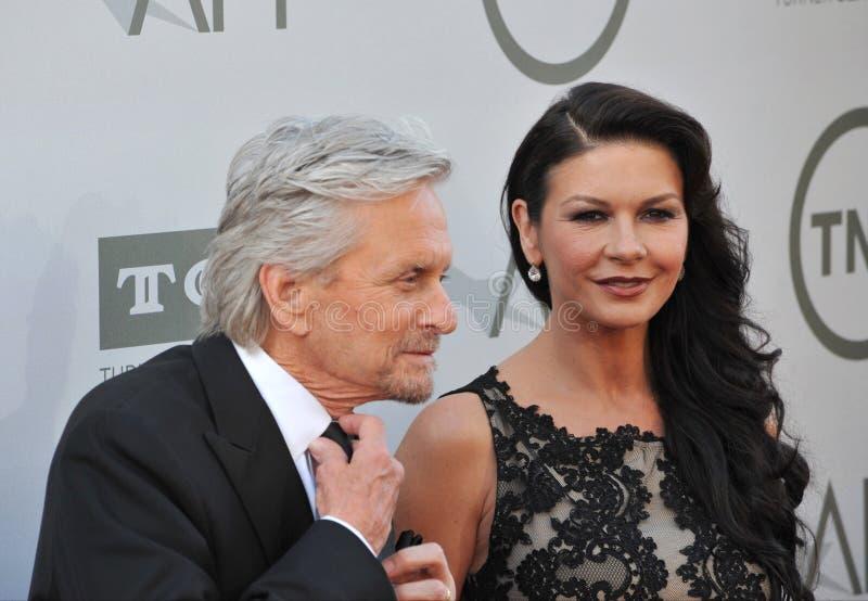 Download Michael Douglas Y Catherine Zeta-Jones Imagen editorial - Imagen de gris, agente: 44857210