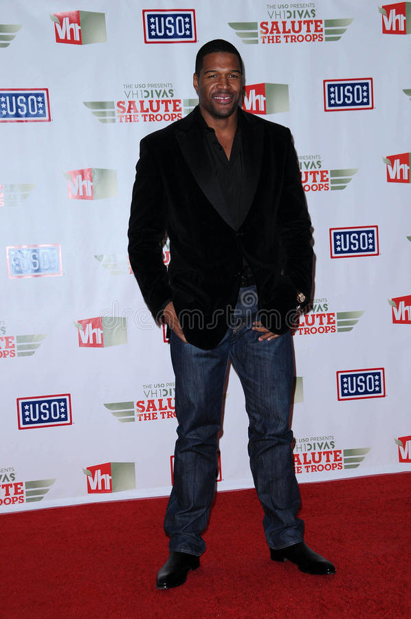 Michael Strahan. At VH1 Divas Salute The Troops, Marine Corps Air Station Miramar, San Diego, CA. 12-03-10 stock images