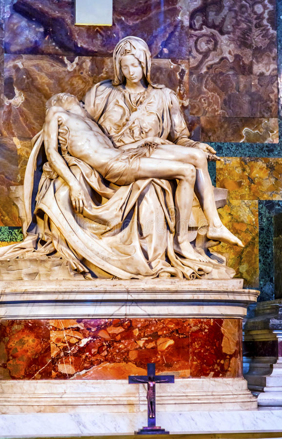 Michaelangelo-Pieta-Skulptur-St- Peter` s Basilika Vatikan Rom Italien stockbilder