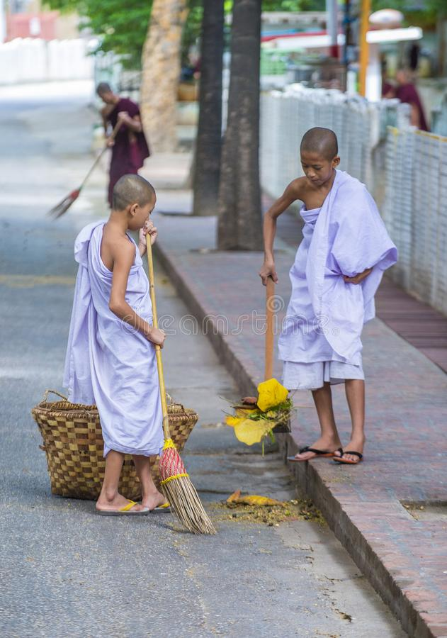 Michaelita przy Mahagandayon monasterem Myanmar zdjęcia royalty free