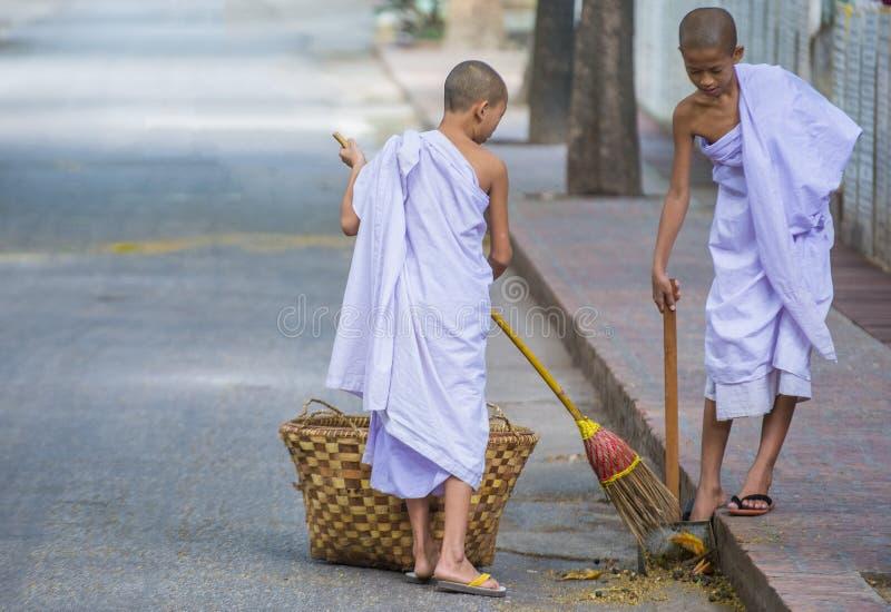 Michaelita przy Mahagandayon monasterem Myanmar obrazy stock