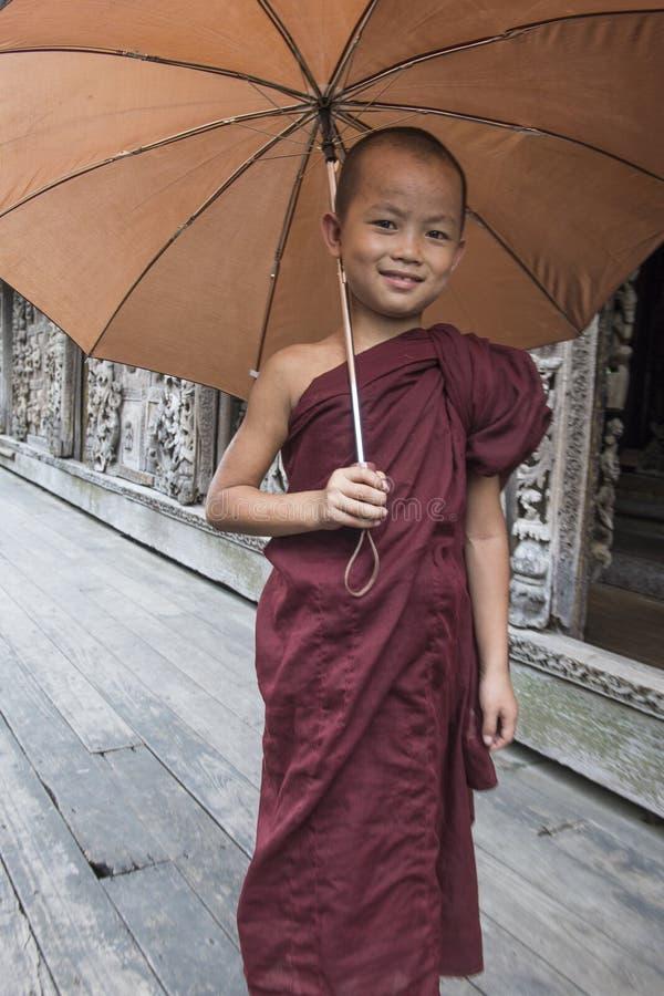 Michaelita przy Shwenandaw monasterem w Mandalay, Myanmar fotografia royalty free