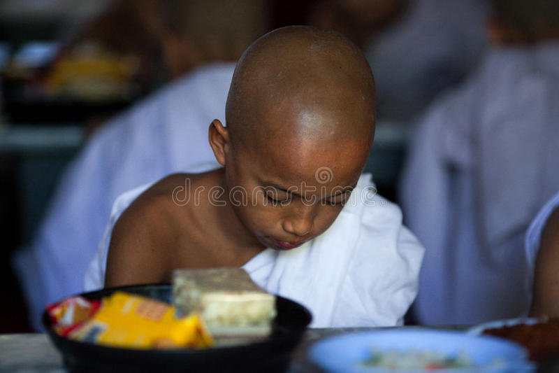 Michaelita w Mahagandayon monasterze, Myanmar fotografia stock