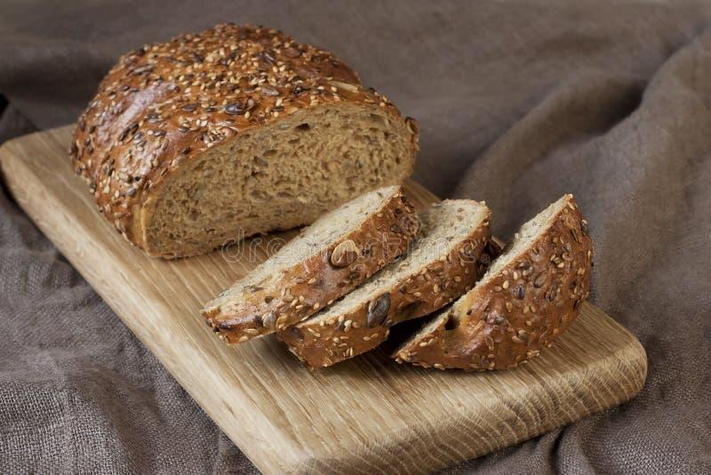 Miche de pain fraîche, style rustique photo libre de droits