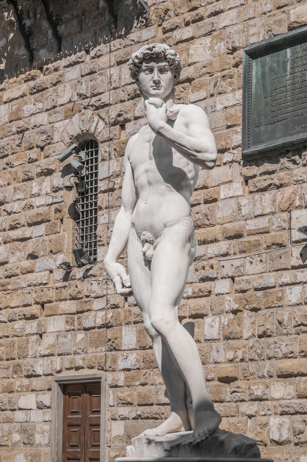 Michelangelos David-Statue in Florenz, Italien stockbilder