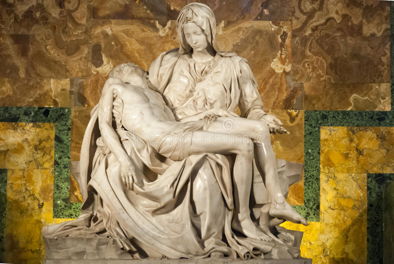 Michelangelos Pieta in St Peter Kathedrale II stockbilder
