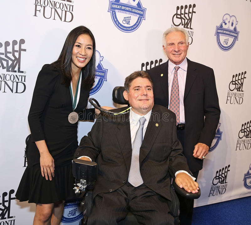 Michelle Kwan joint Marc Buoniconti et Nick Buoniconti photographie stock