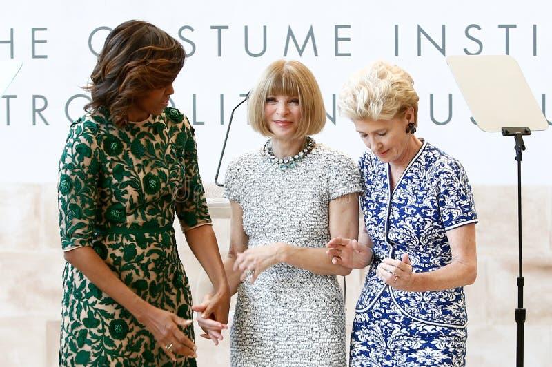 Michelle Obama, Anna Wintour, Emily K rafferty stock foto's