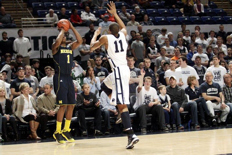 Michigan guard #1 Glenn Robinson Jr. #1