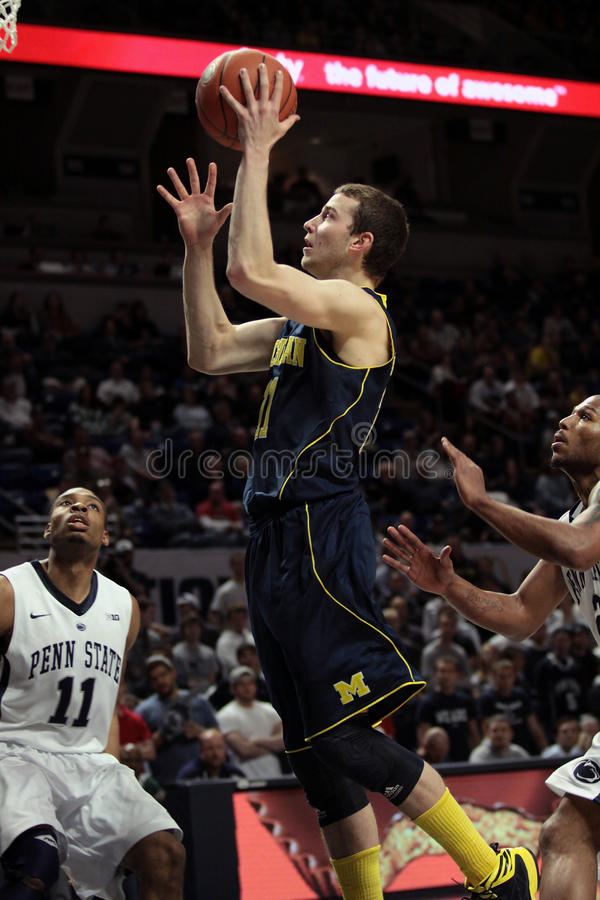 Download Michigan Guard Nik Stauskas. Goes Up For A Shot Editorial Image - Image: 29530910