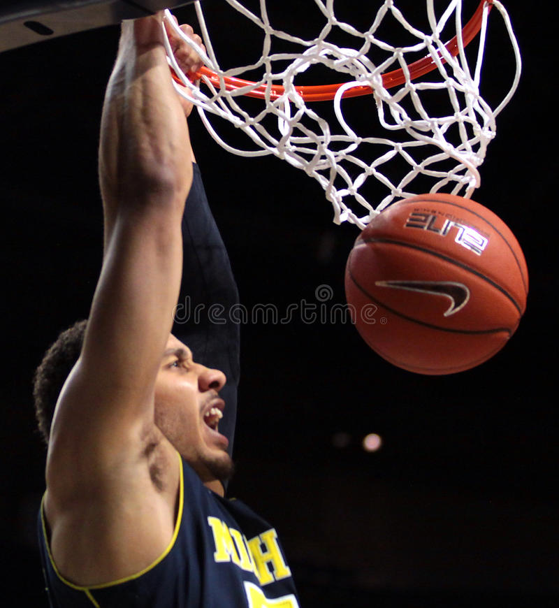 Download Michigan Voorwaarts Jordanië Morgan Redactionele Stock Foto - Afbeelding bestaande uit sportief, score: 29513613