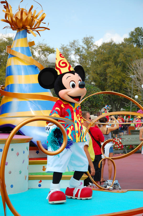 Download Mickey Mouse editorial photo. Image of holiday, dance - 31229326