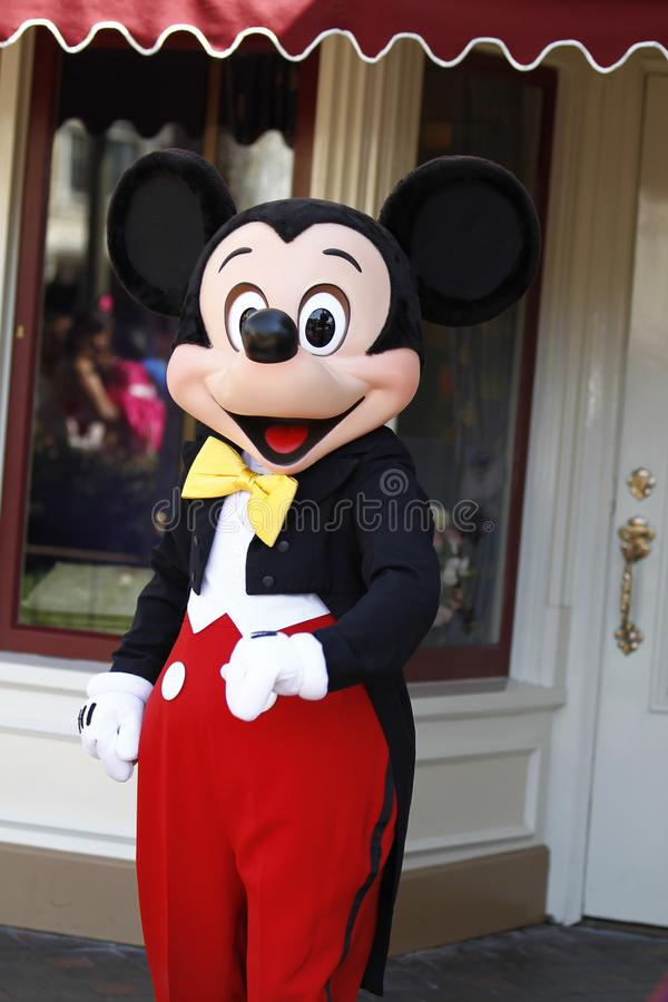 Mickey Mouse in Disneyland stock foto's