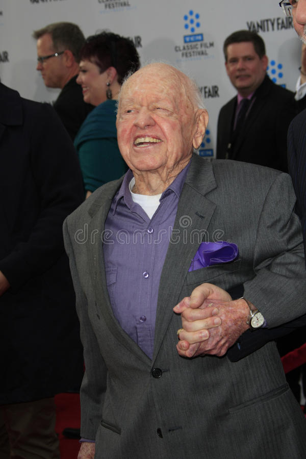 Download Mickey Rooney editorial photo. Image of arrives, 40th - 24871111