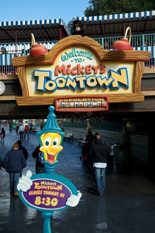 Mickey \ 's Toontown em Disneylâandia foto de stock
