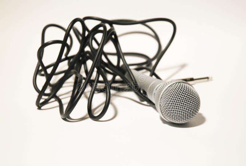 Micrófono con la cuerda negra imagen de archivo