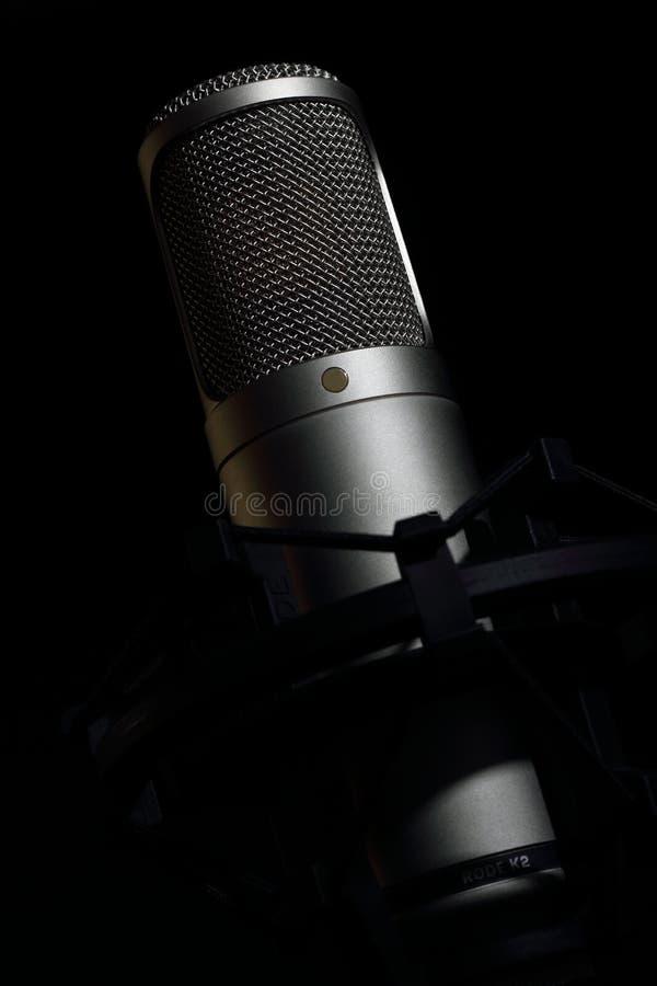 Micrófono del tubo del condensador fotografía de archivo