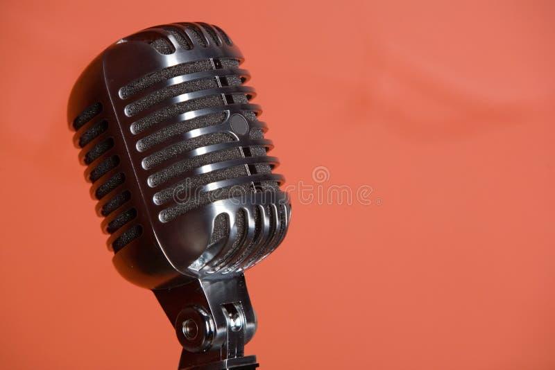 Micrófono pasado de moda de la vendimia fotografía de archivo