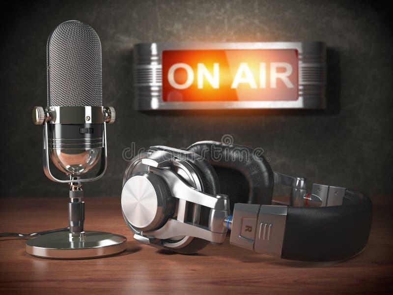 Micrófono y auriculares del vintage con el letrero en el aire Broadc ilustración del vector