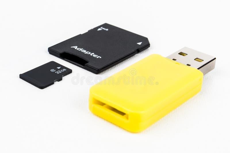 Micro SD-cartão com adaptadores imagem de stock royalty free